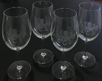 Octopus / Squid Etched Wine Glass