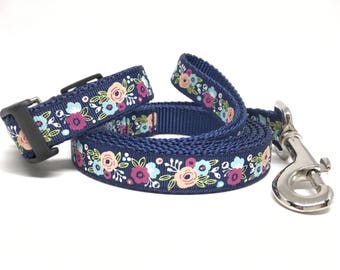 "Flower Dog Leash & Collar Set - 3/4"" - Personalized Dog Collar - Engraved Dog Buckle Option"