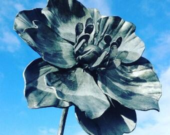 Anemone Flower Garden Sculpture, Giant Flower, Botanical Art, Centrepiece for a Garden and Gift for Gardener