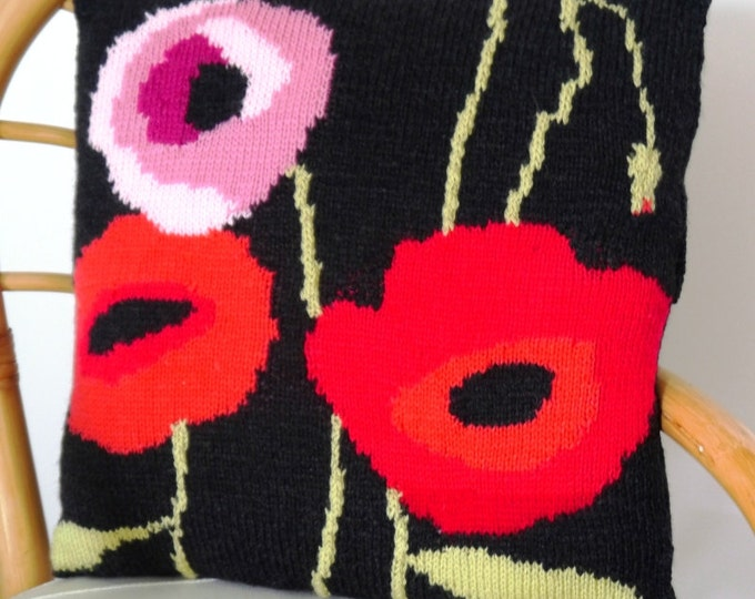 Poppy Cushion Knitting Pattern, Pillow Knitting Pattern with Poppies, Poppy Pillow Knitting Pattern, pdf download for Poppy Pattern