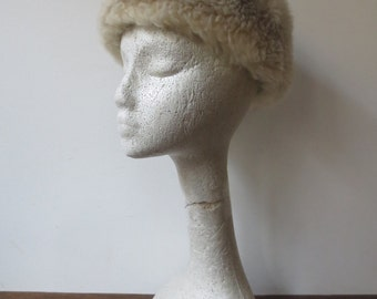 Gorgeous Vintage '50s/'60s Italian Tuscan Lamb Shearling Fur Hat, Made in Italy