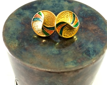 Golden swirl earrings