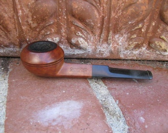 Vintage Jonathan Custom Made Pipe, Bulldog Style