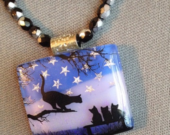 Mama Cat with kittens pendant on black beads