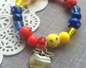 Apple bracelet, apple jewelry, Set of TEN. Kids jewelry, birthday party favor, bracelets.