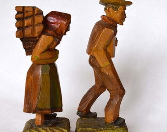 Folk Primitive Wood Carvings - Man & Woman Peasant Couple, Walking - EXC