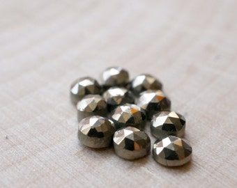 3mm faceted golden pyrite cabochon. Rose cut pyrite metallic gem. Fools gold.