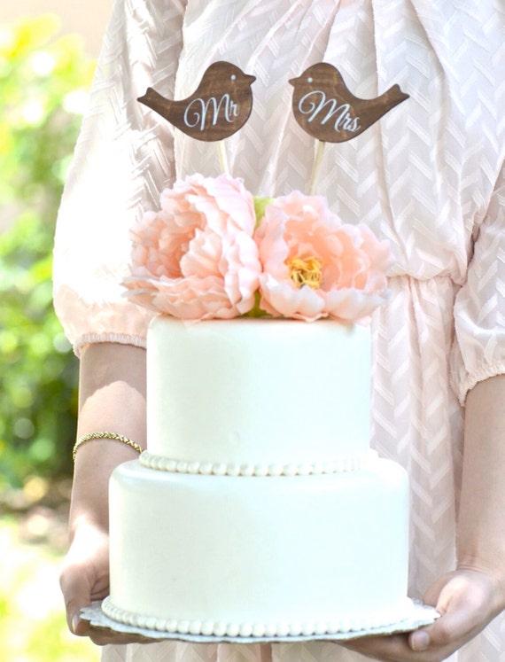 Wedding Mr and Mrs love birds cake topper wedding cake