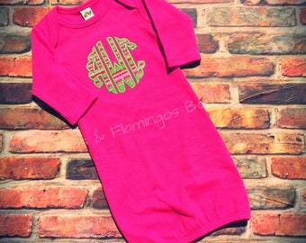 Personalized baby gown, coming home outfit, Appliqued Monogram Gown, Monogrammed Baby Infant Gown, Newborn Gown, Hospital gown, baby outfit