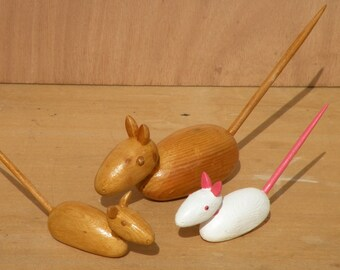 Sculptures Rat and mouse wooden