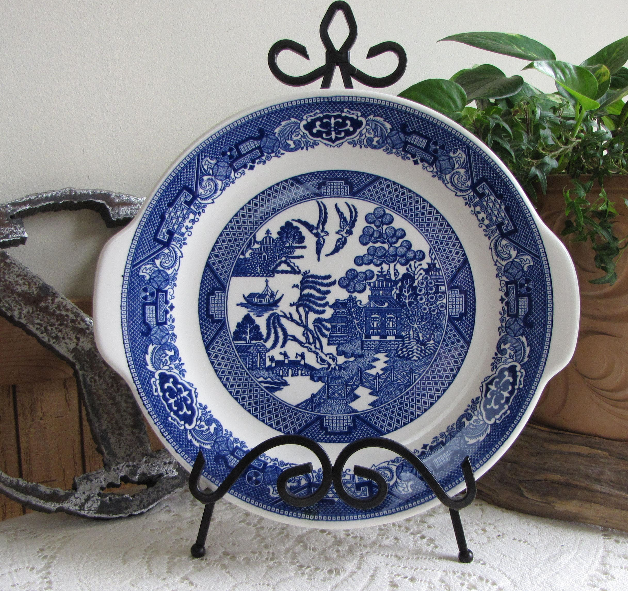 Blue Willow Handled Dinner Plate Royal China Co. Vintage Dinnerware and Replacements Chinoiserie & Blue Willow Handled Dinner Plate Royal China Co. Vintage Dinnerware ...