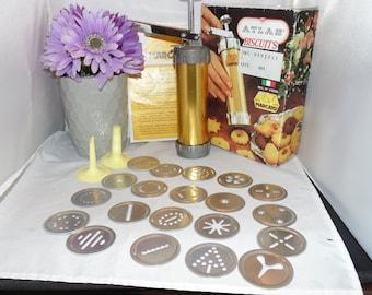 Vintage Marcato Atlas Biscuits Spritz Cookie Press 20 Discs 2 Pastry Cones Made in Italy