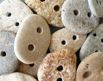 5 BEACH STONE BUTTONS...5 hand drilled stones-Sand beige gray pebbles-Christmas ornament bracelet jewelry findings sewing finding button