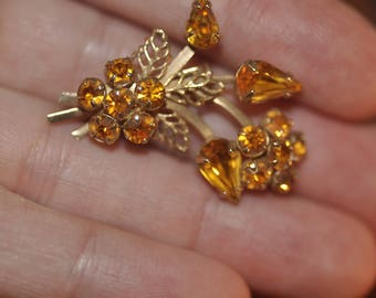 Vintage Orange Floral Pin