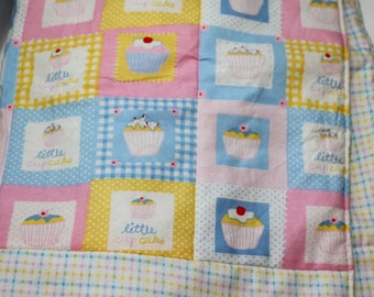 Little Cupcake baby quilt