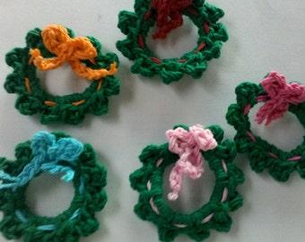 5 Crochet Christmas Mini Wreath Appliques Handmade