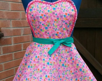 Girls 50s style apron. 4 to 7 years heart apron cute