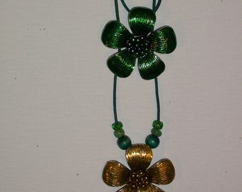 Choker/Necklace Flowers Mustard & Green Enamel Metal Pendants And Beads On Leather