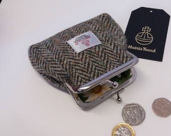 Harris Tweed Coin Purse / Handmade / Lovat Green and Cream Herringbone