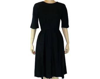 Urban Sophisticate - Vintage 1950's Silk Sheath Dress - Small