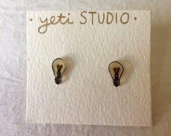 Creative Lightbulb Post Earrings