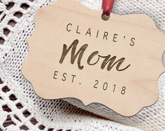 Mom Christmas Ornament - Personalized Wooden Christmas Ornament - Rustic Ornament - Mother's Day Gift - Mother - Mom Gift