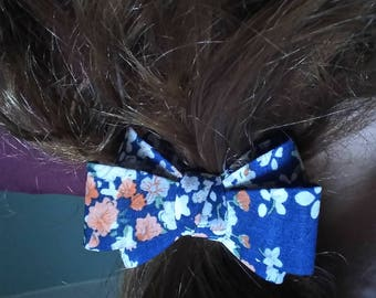 elastic with a pretty fabric thick knot