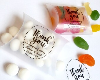 20 x clear wedding favour boxes with clear thank you personalised sticker label