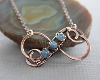 Copper infinity pendant on chain with small flashy blue kyanite stones - Infinity necklace - Friendship necklace - NK052