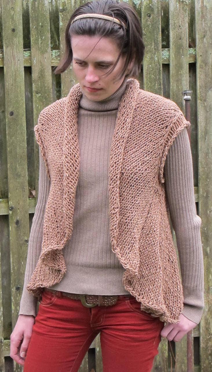 One Piece Vest a pdf knitting pattern for a cardigan vest