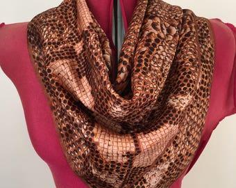 Vintage scarf - brown spotted print