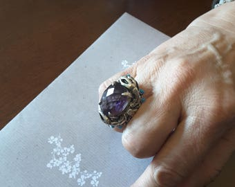 Maxi Ring sculpture with amethyst and turquoise stones
