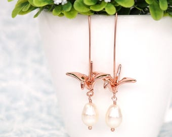 Rose Gold Origami Crane Earring with Swarovski Teardrop Pearl - gifts for her, pearl bride bridal bridesmaid weddings E299 N1