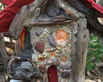 Tidbit - fairy house, cottage
