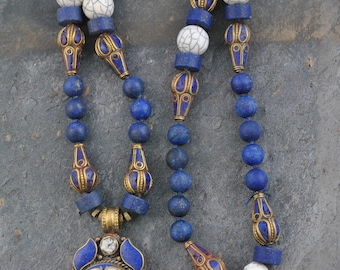 Hand Knotted Nepalese Lapis Lazuli Pendant Bead Artisan Necklace