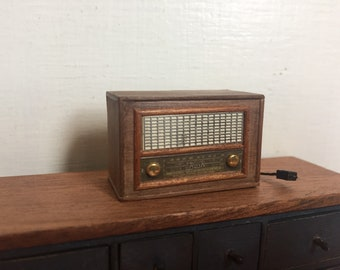 Dollshouse miniature old radio, one inch scale radio, miniature furniture, dollhouse radio, 1:12 scale radio