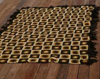 Arizona : Very large pretty french vintage afghan blanket, granny squares, seventies style