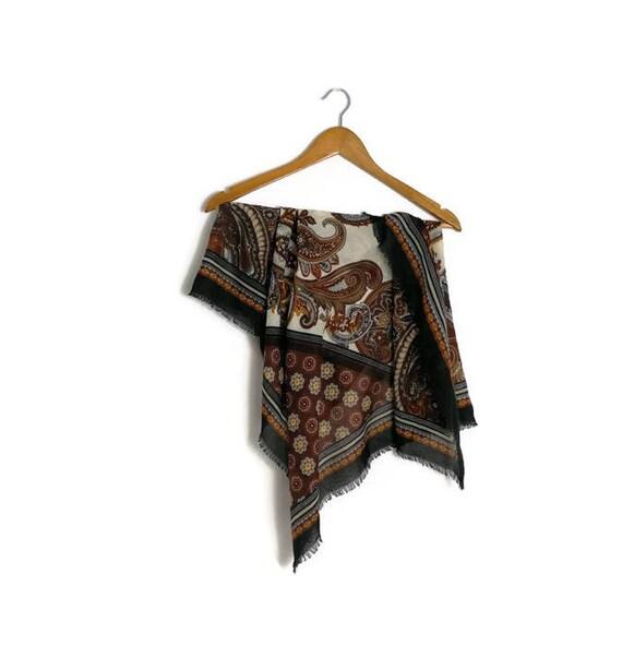 Vintage boho wrap scarf / brown cream patterned retro scarf / large square wrap scarf / 80s gyspy boho scarf.