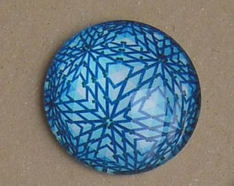 BLUE WHITE ZIG ZAG REF PATTERN GLASS 25 MM ROUND CABOCHON 6