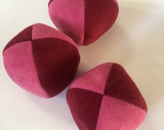 100g - 3 Soft PJ JUGGLING BALLS - Red and Pink