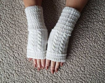 Womens gloves, Gloves fingerless, Knit Fingerless gloves, White gloves, Fingerless Gloves, Hand warmers, Boho gloves. Acrylic gloves