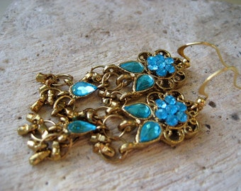 Bondi Blue Earbobs. Vintage Glass and Brass Earrings