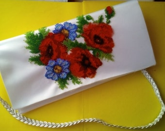 Flower handbag clutch Bead embroidery women accessory White daisy clutch Blue white bag