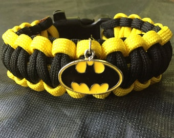 Batman Paracord Bracelet, Batman pendant attached, stainless steel buckle