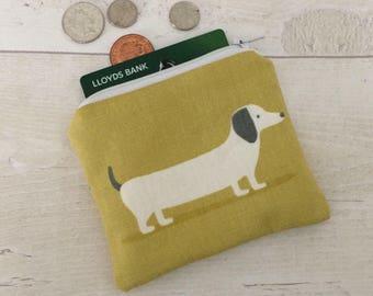 Yellow dog purse, Dachshund dog makeup bag, dog coin purse, Dachshund purse, zip pouch, yellow doggy purse
