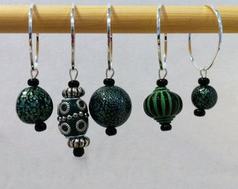 Green Bauble Beaded Stitch Markers for Knitting Fits up to US 35 (19.0 mm) - Set of 5