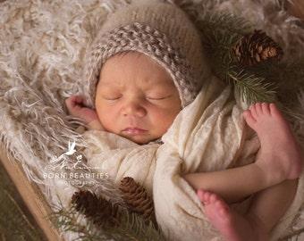 Newborn knit pixie style pompom christmas theme photo prop baby gift boy girl