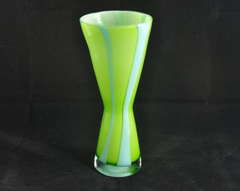 Flamed vase glass