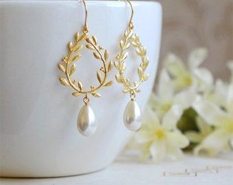 Bridal Earrings, Ivory Cream Teardrop Pearl Earrings, Gold Laurel Wreath Chandelier Earrings, Wedding Jewelry, Bridesmaid gift
