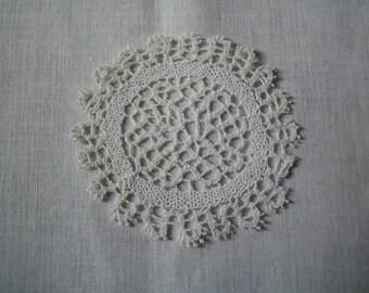 8 cm CANTU lace coasters